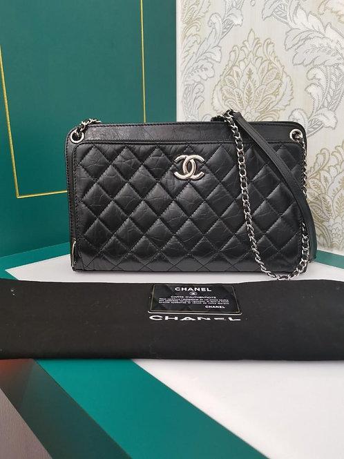 #25 Like New Chanel Clutch Bag Black Aged Calf SHW