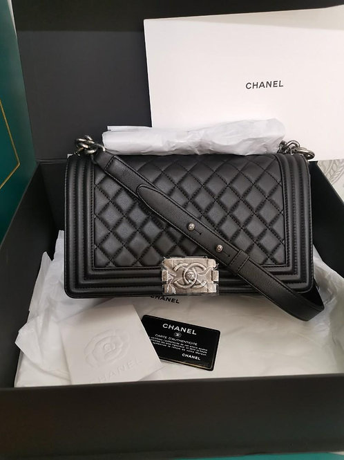 #25 BNIB Chanel boy Old medium Black Calf with RHW