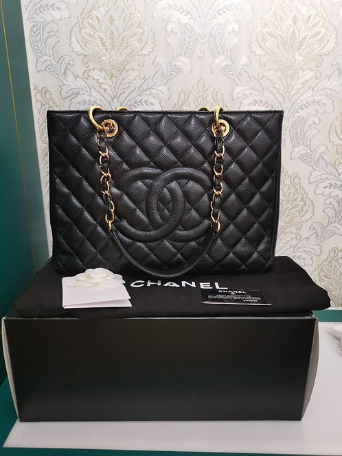#20 Excellent Chanel GST Black Caviar with GHW
