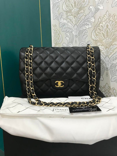 #18 LNIB Chanel Jumbo Classic Double Flap Black Lamb with GHW