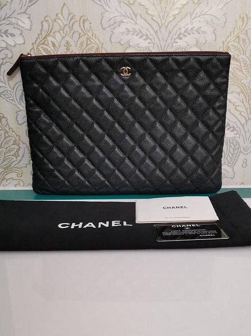 #25 Chanel Clutch/Pouch Black caviar GHW