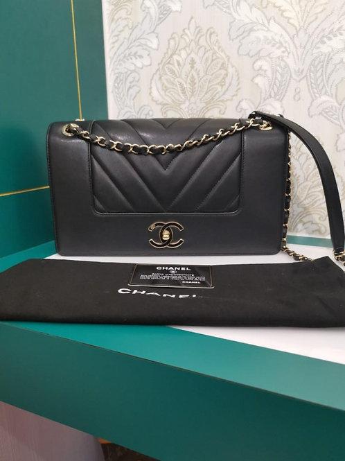 #24 Chanel Melle Vintage Chevron Black Calf GHW