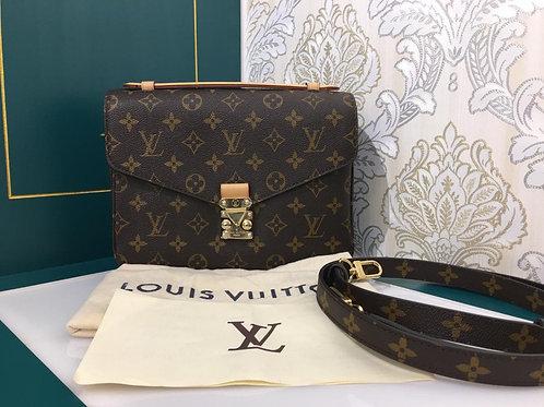 Brand New Louis Vuitton LV Pochette Metis Monogram Canvas