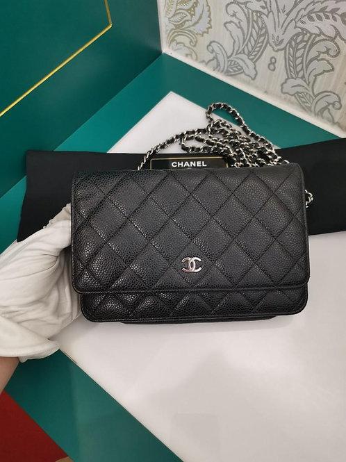 #19 Chanel woc Black Caviar SHW
