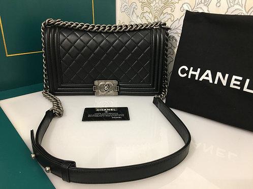 Brand new Chanel Boy old medium Black Lambskin with RHW