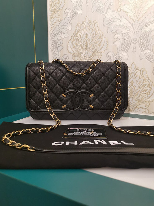 #23 Brand New Chanel Flap Bag Medium Black Caviar with GHW
