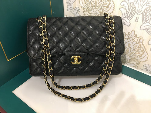 #18 Like New Chanel Jumbo Classic Double Flap Black Caviar with GHW
