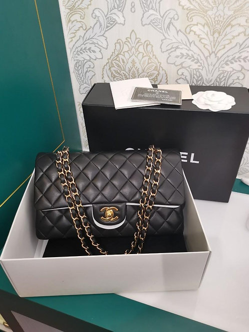 #13 LNIB Chanel Classic Double Flap Medium Black Lamb GHW