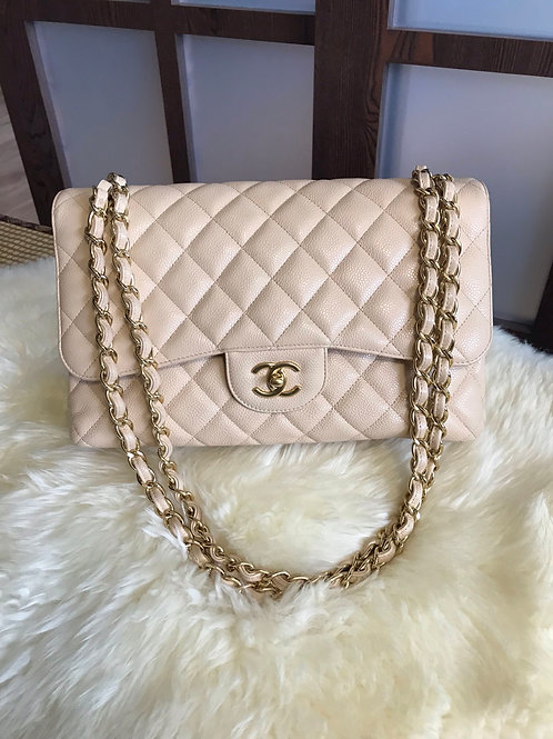 Like new Chanel Jumbo Classic Double Flap Caviar Beige With Ghw