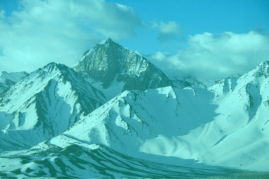 Snowy%20Mountain%20Peaks%20_edited.jpg