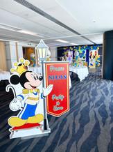Mickey Royale Entrance.jpg