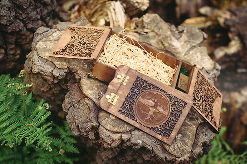 Wooden Photo Album with Flash Usb Drive and Stylish Box - Engraved TREE