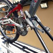 verschließbar-fahrradträger-anhänger-bb-