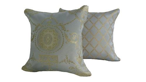 Camelia Pillow Set