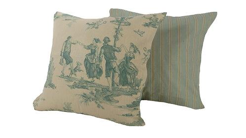 Francesca Pillow Set