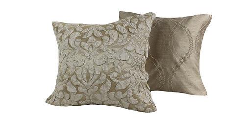Hannah Pillow Set