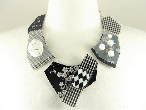 Laminated Fabric Necklace-8