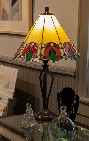 sally kennedy, stained glass lamp