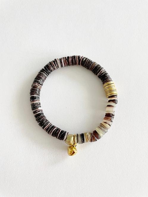 DARK & LIGHT Crushed Shell Stack On  Elastic Bracelet