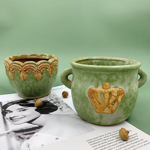GP273 | glazed pots | Retro Pot