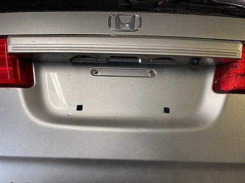 09 Honda Odyssey rear Crome with Camara