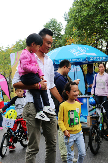 第二届927少儿自行车赛-018-20151107.jpg