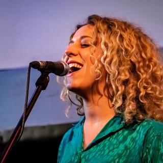 Lauren Housley