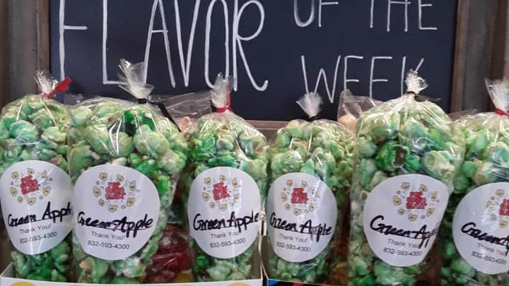 Green & Red Apple
