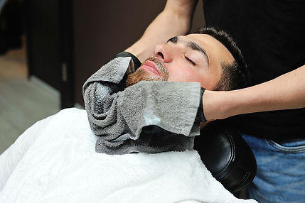 Benefits-of-a-Hot-Towel-Shave.jpg