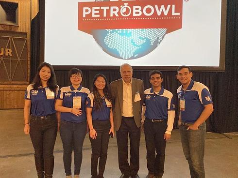petrobowl team.png