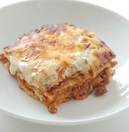 1200px-Lasagne_-_stonesoup.jpg