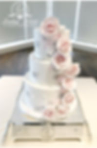 Lyndsay Marie Cake Designs - White Cake with pink roses