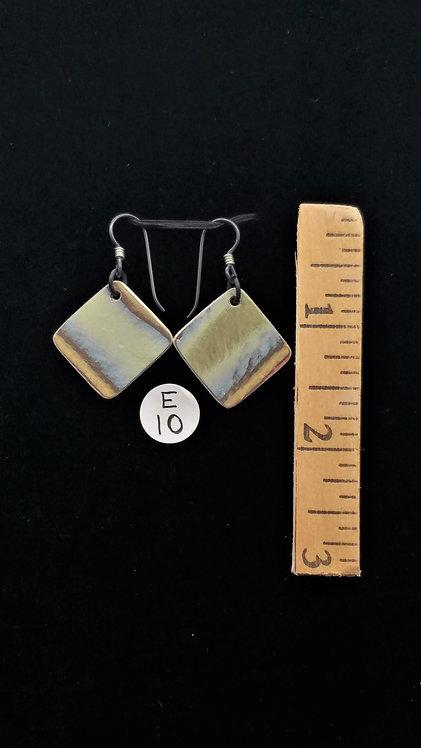 Earrings (E10)
