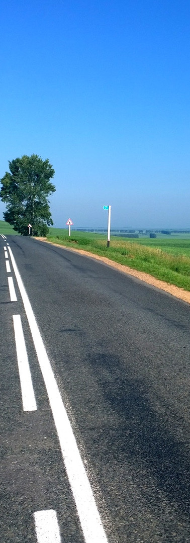 Empty Road, perfect for cycling
