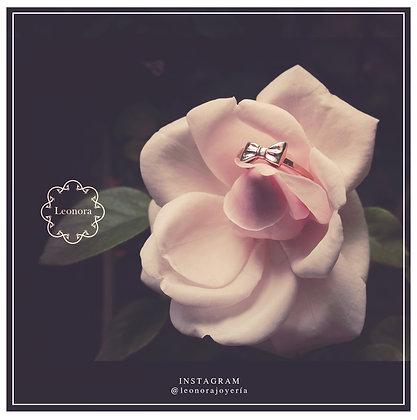 Ribbon Ring by Leonora