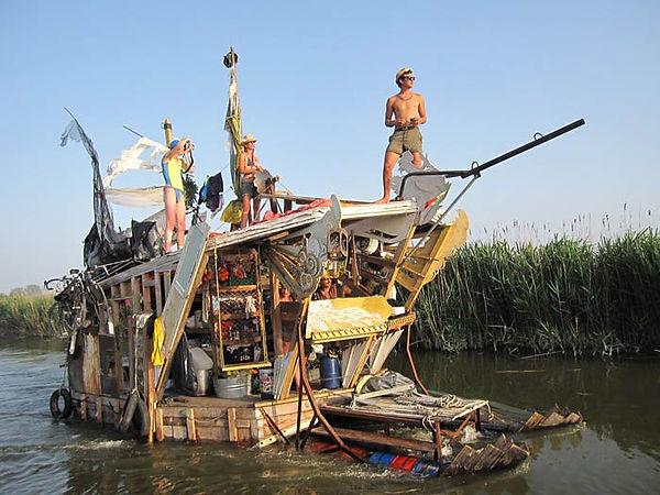 Dream boat 3.jpg