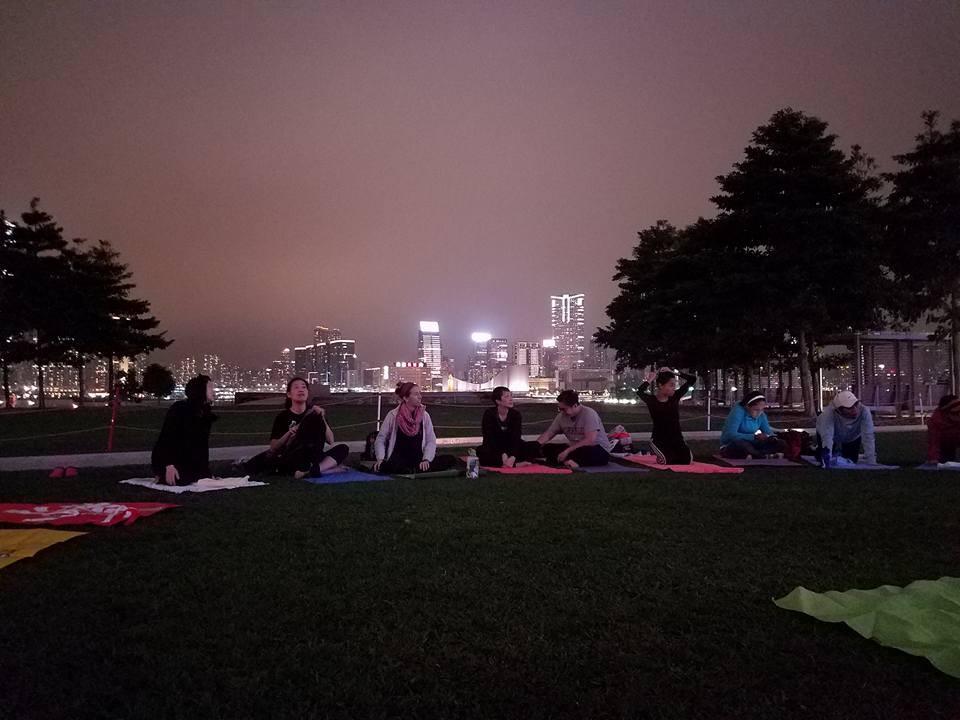Outdoor yoga class in hong Kong
