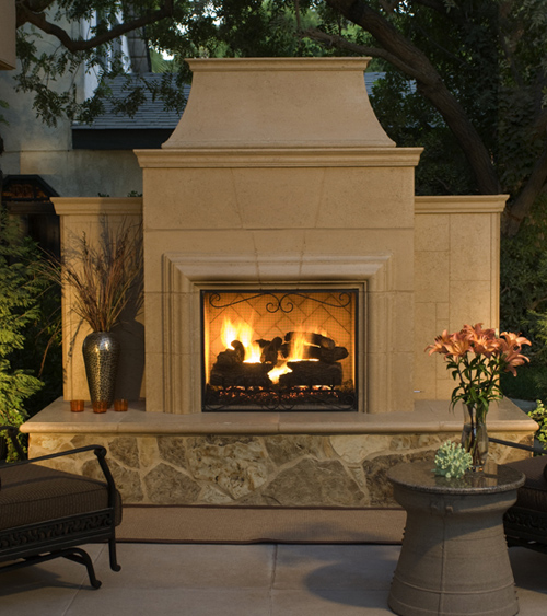 Grand Cordova Fireplace