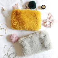 faux-fur-pom-pom-pouches-4x3a5580-472x47