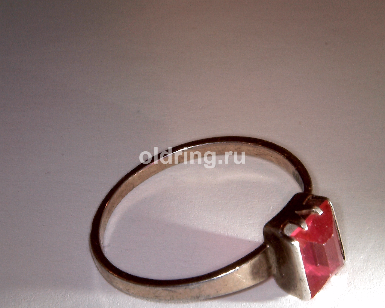 red_crystal_ring_russ_samotsvety