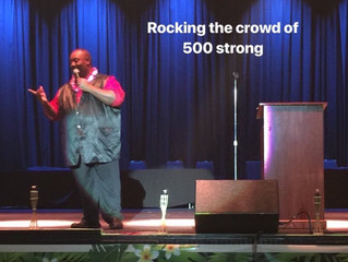 Motivational Speaker and Magician Dewayne Hill Performs for 500 employees in Tacoma, WA.