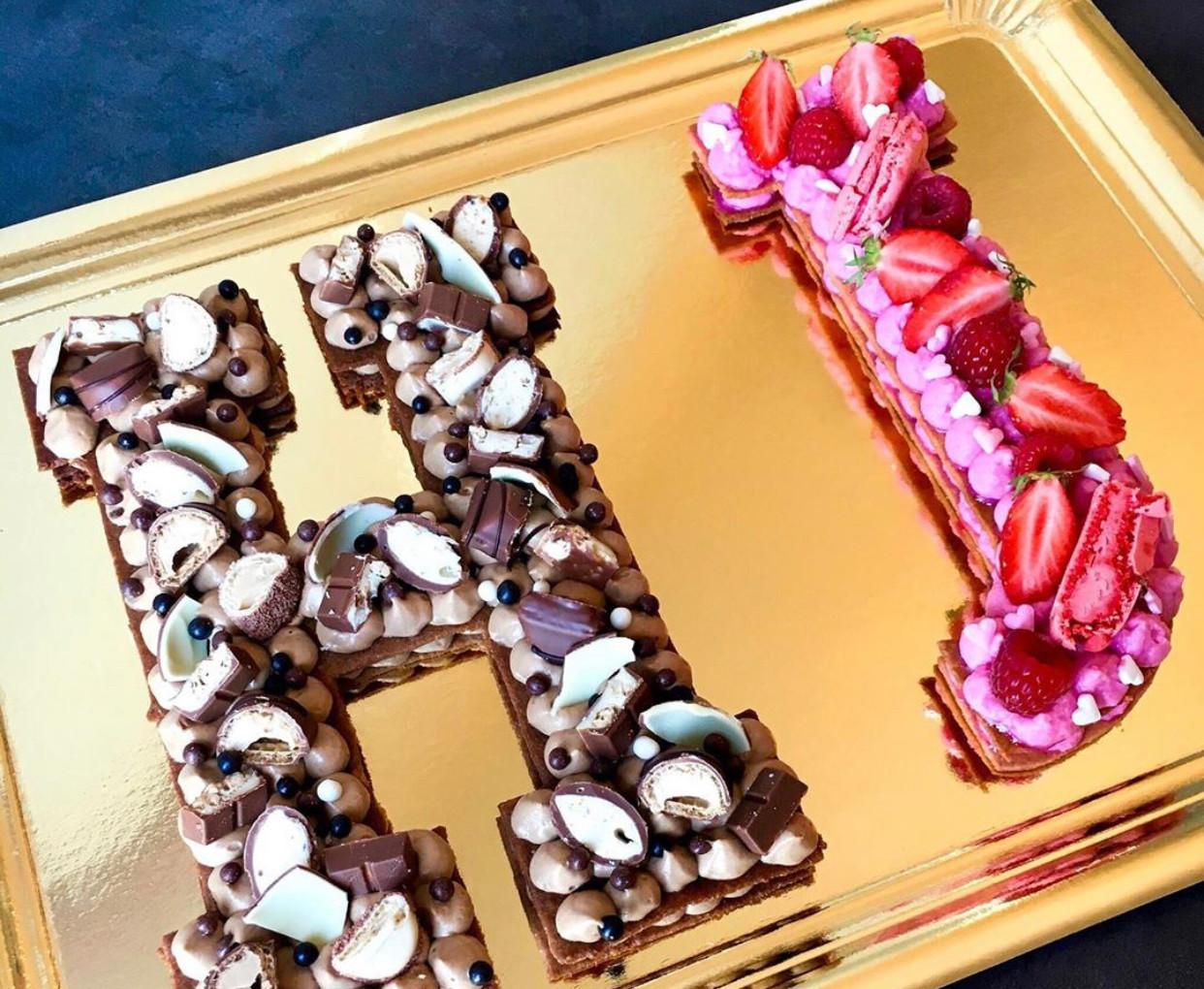 Letter Cake Kinder & Fruits Rouges