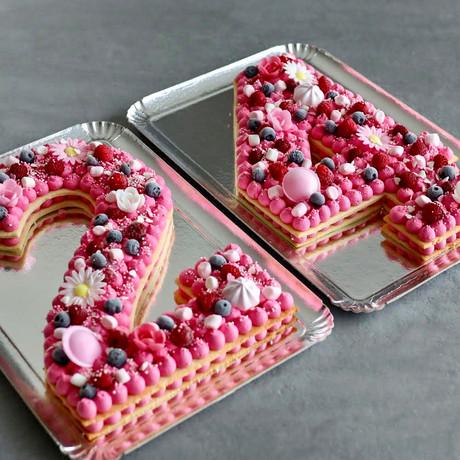 Number Cake Fruits Rouges