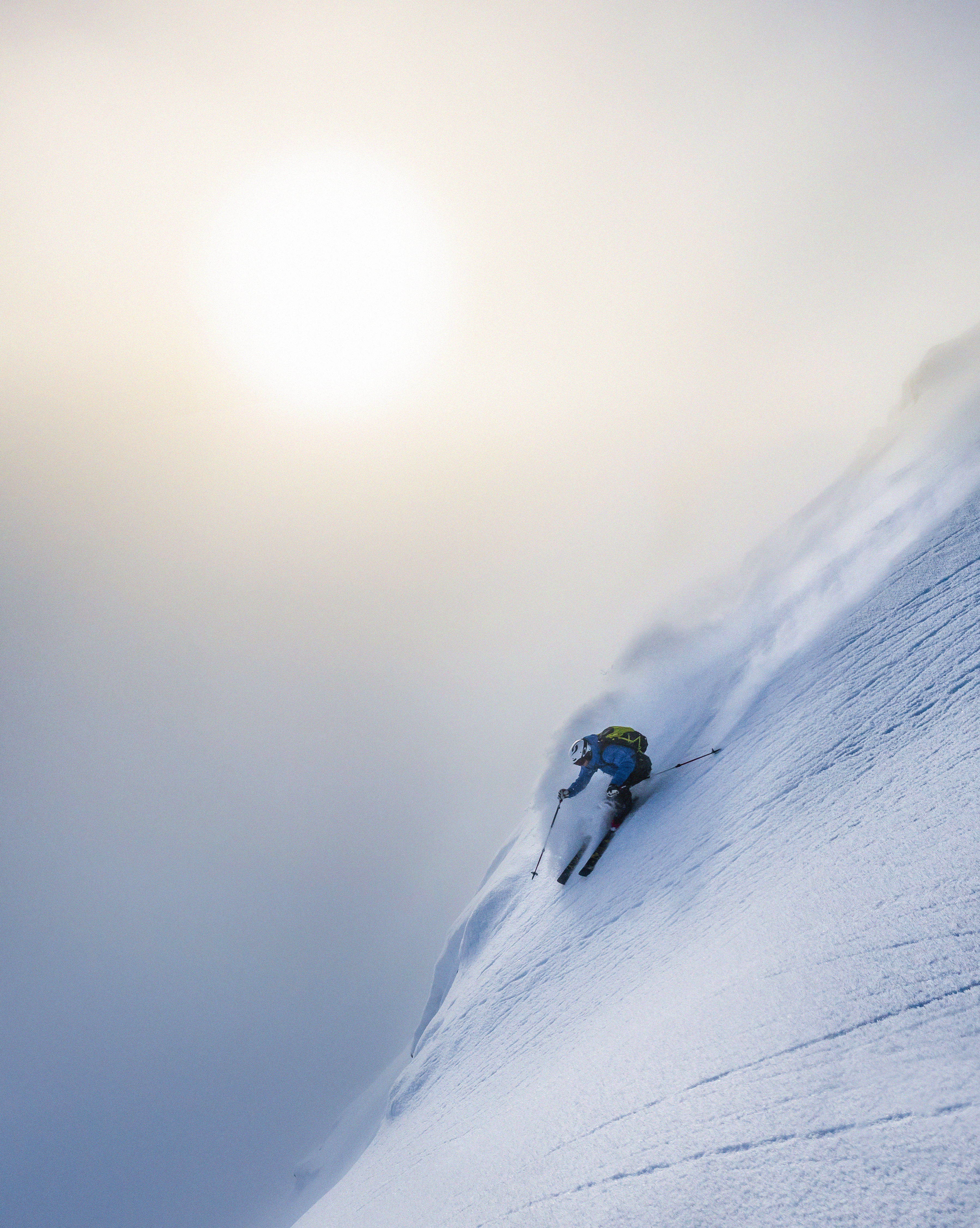 Skiing steep and deep in Sogndal