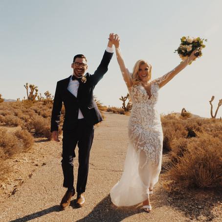 Sunrise Red Rock Ceremony with Elopements Las Vegas \\ Alyssa & Josh