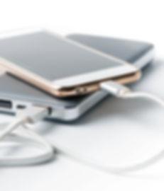 充電の携帯電話