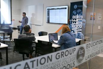 melbourne-classroom-studentsjpg