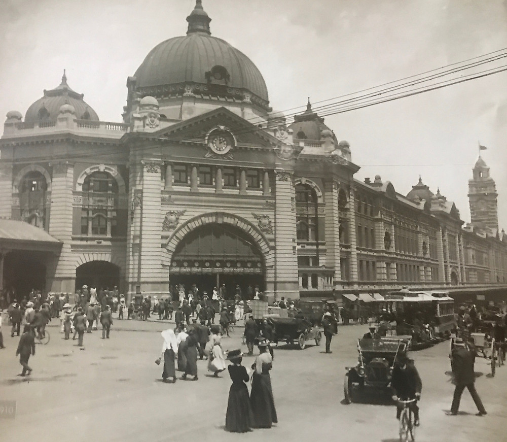 "Source: ""Melbourne then and now"""