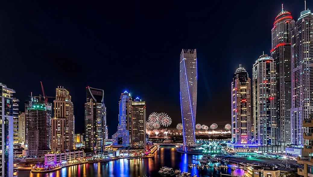 Dubai Marina by nidht