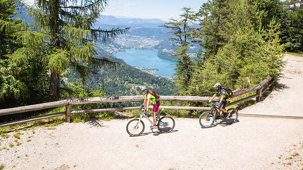 Sum_bike_mtb_redbull_respiro_degli_alber